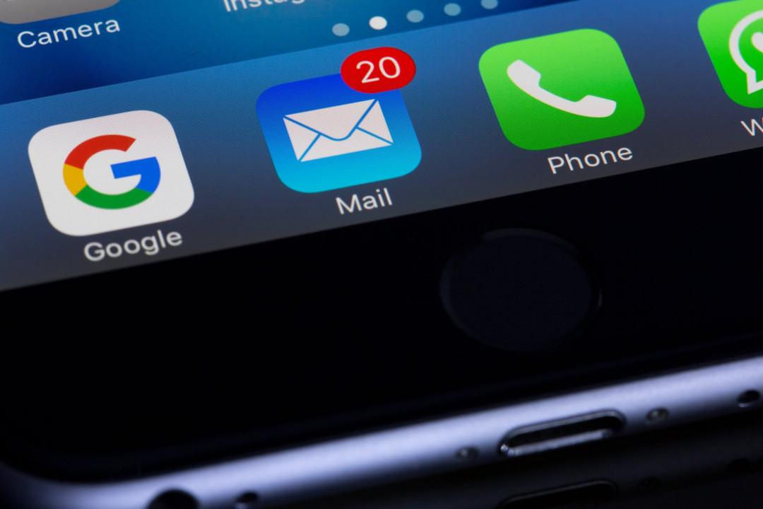 üzleti levelezés mobilos mail applikációról
